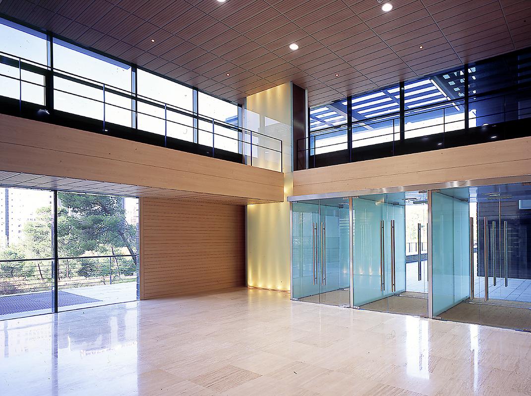 Torres gora marca espa a ministerio de asuntos - Arquitectos de madrid ...