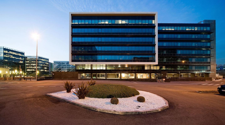 Edificio de oficinas en el parque empresarial cristalia - Arquitectos madrid ...
